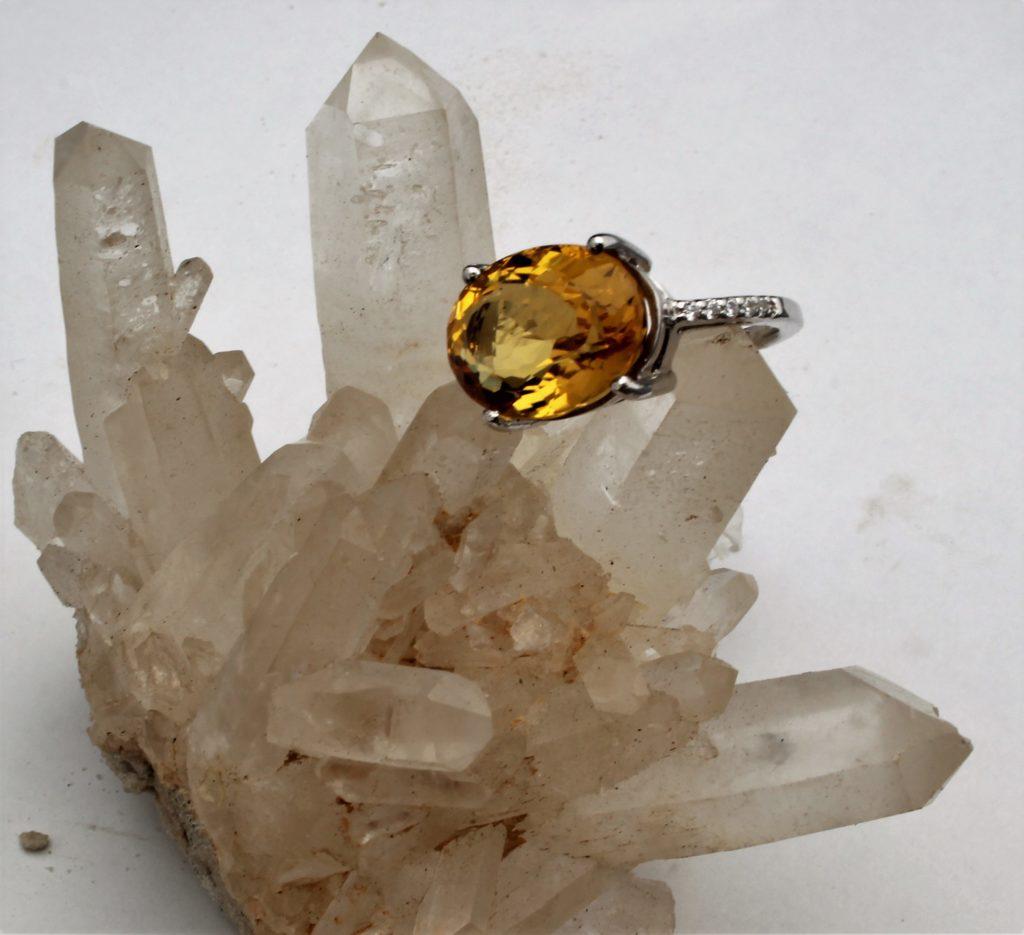 bijoux pierres fines taillées