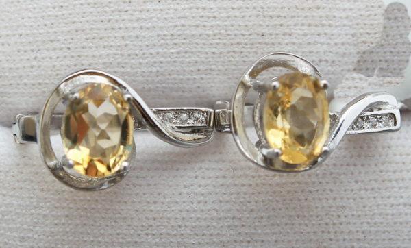 paire de boucles d'oreilles en argent et citrine